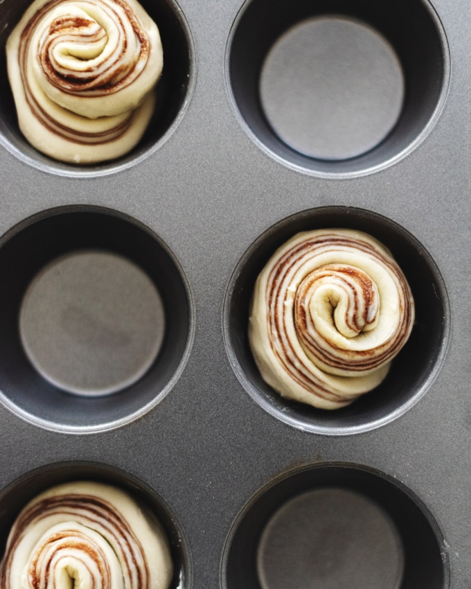 Unbaked nutella cruffins in muffin pan