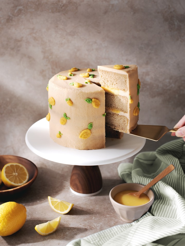 Earl grey lemon cake covered in buttercream lemon design